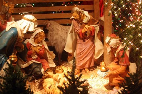 Поздравляем Вас от чистого Сердца с наступающим праздником Рождества Христова!